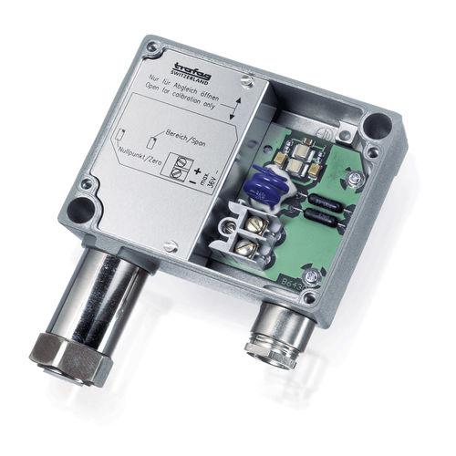 sensor de presión relativa / de capa fina / roscado / montaje en pared