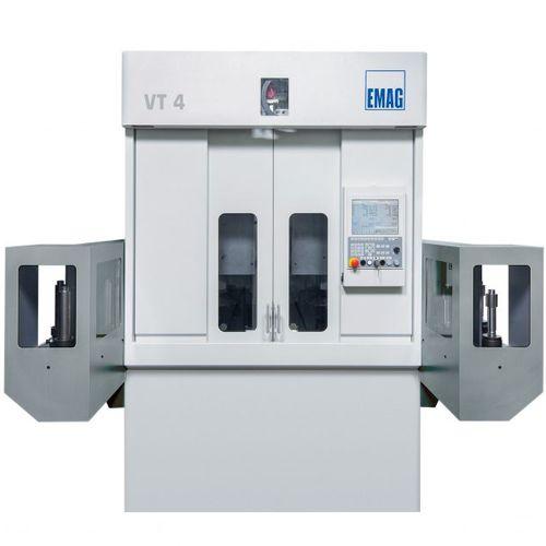 centro de torneado CNC