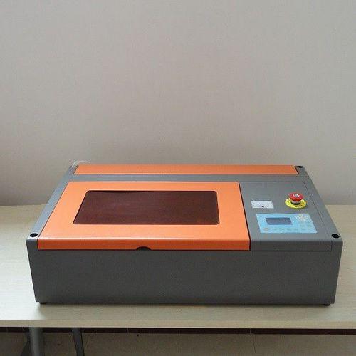 máquina de corte para caucho / para Acryl / para madera / para cuero