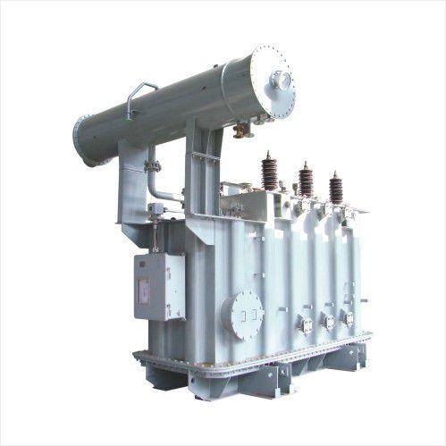 transformador de potencia / sumergido / de baja pérdida / contra cortocircuitos