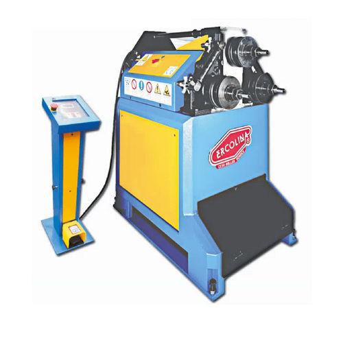 máquina curvadora electrohidráulica / de tubos / de perfiles / de barras