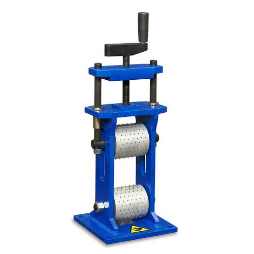 máquina de microtaladrado