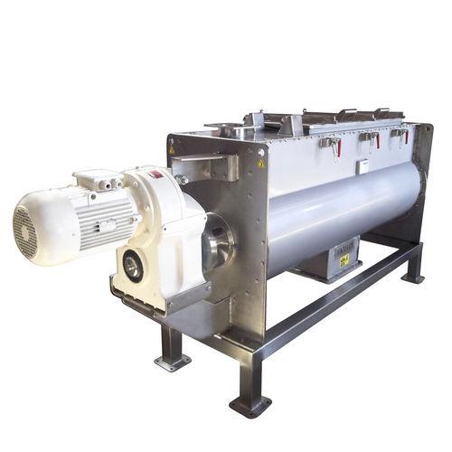 mezcladora horizontal / de cinta / líquido-sólido / para la industria agroalimentaria