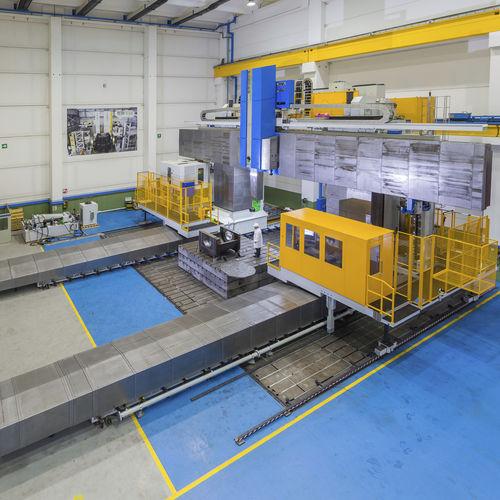 fresadora CNC de pórtico