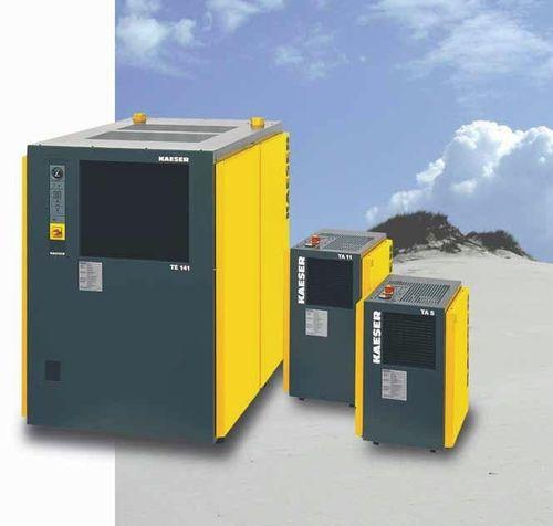 secador de aire comprimido por refrigeración / refrigerado por aire / masa térmica