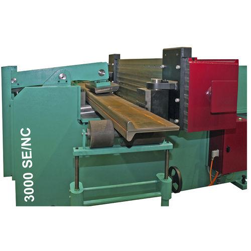 máquina curvadora hidráulica / de perfiles / universal