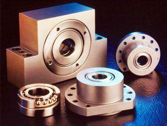 soporte con rodamiento de brida / de cartucho / monobloque / de acero