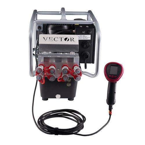 bomba hidráulica de pistón / eléctrica / con control remoto / de 3 etapas