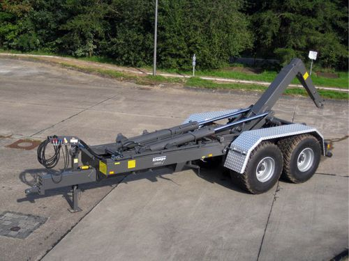 remolque en tándem / para contenedores / con brazo de elevación con gancho / para carga pesada