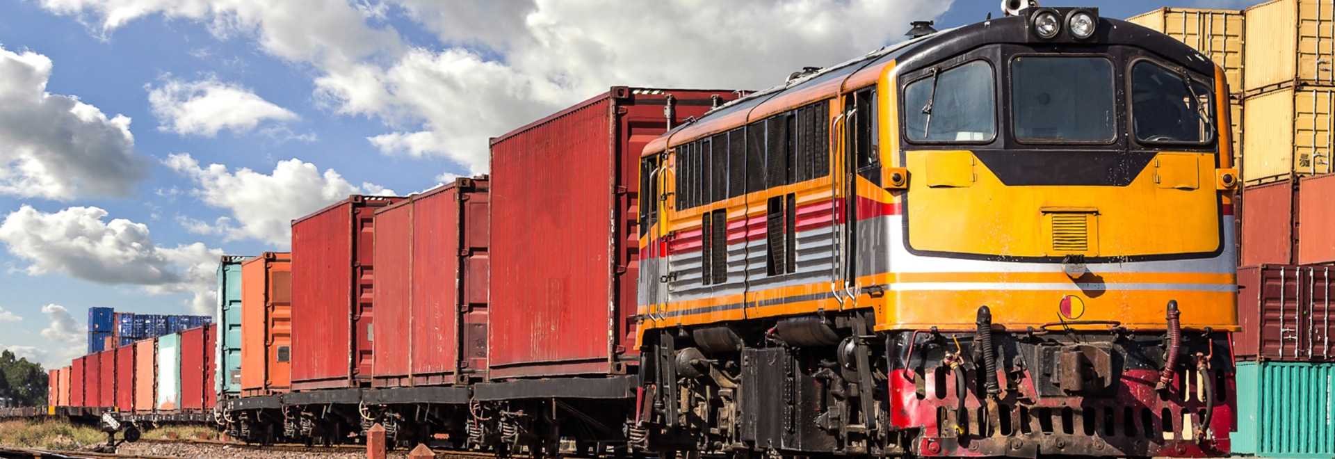 CSX y CN se preparan para lanzar un nuevo servicio de transporte intermodal de mercancías en una empresa conjunta