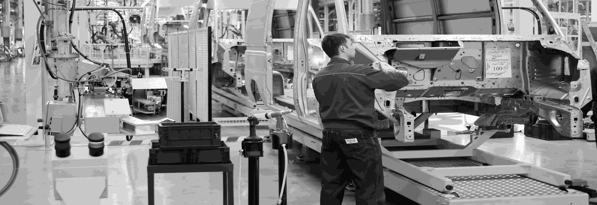 El mOOnTAG de EDITAG permite monitorizar y optimizar los procesos de preparación de pedidos y los flujos logísticos mediante sensores RFID y sensores IoT