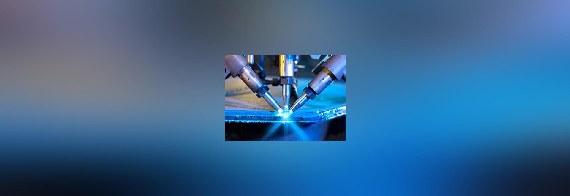 NUEVO: máquina que bisela de la tres-cabeza por ESAB