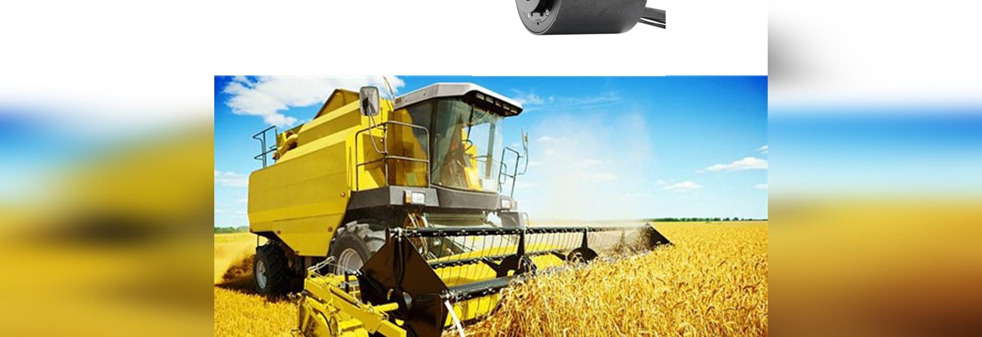 A través del anillo colectando agujereado usado en cortadora agrícola