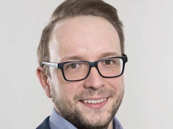 Bartosch Jauernik está disponible para responder preguntas relacionadas con OPC UA y proporcionar consejos prácticos sobre la implementación y los procesos.