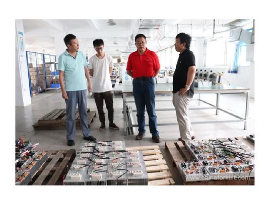 El Subdirector General de China Forklift Network visitó nuestra fábrica