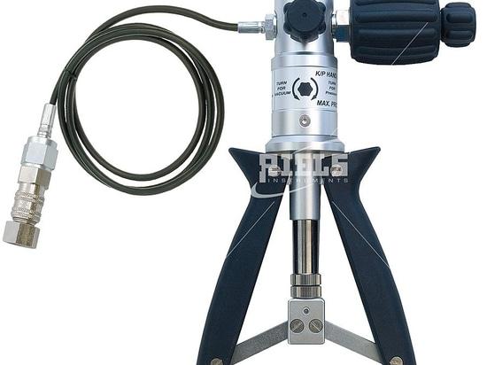 Bombas manuales para la generación de la presión conveniente para el uso con los manómetros digitales