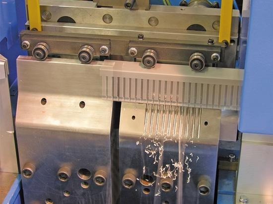 NUEVO: punzonadora hidráulica por la tecnología de Baruffaldi Plastic