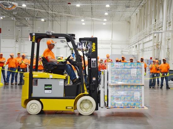 Fabricación del alimento para animales de Nestle Purina y la instalación de distribución, Hartwell, Georgia, los E.E.U.U.