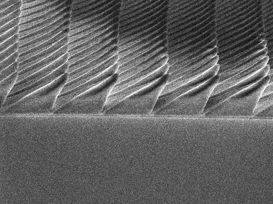 Ayudas de la impresión de Nanoscale 3D revelar cómo la superficie luciérnaga-inspirada puede impulsar eficacia del LED